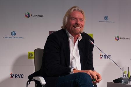 """Ričardas Bransonas kalba apie """"Virgin Airlines"""" Maskvoje"""
